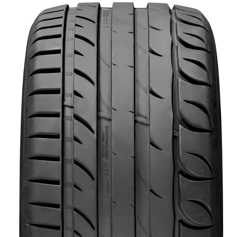 255/40R19 100Y KORMORAN Ultra High Performance (UHP) XL