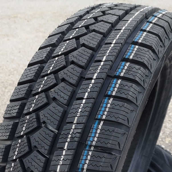 215/60R16 99H Sunfull SF 982 XL