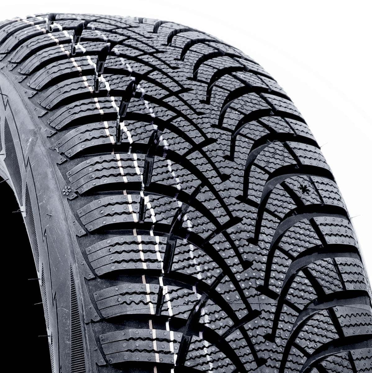 205/60R16 92H Goodyear Ultra Grip 9+