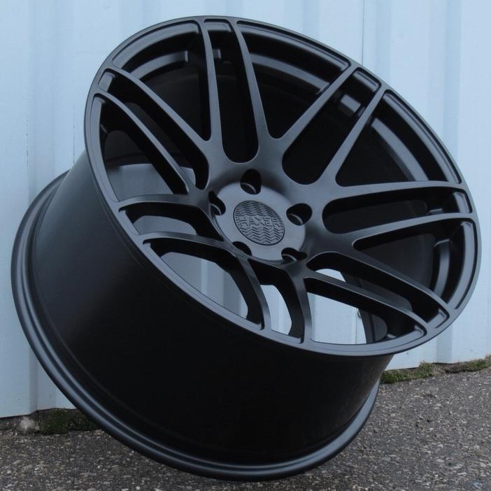 DISKI Haxer 5×112 R19 (Black)